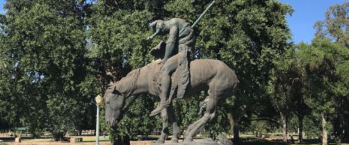 Tulare County Parks & Recreation Mooney Grove Monuments, Memorials & Recreational Features